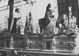 Hermandad de la Borriquita – Jerez [Historia, imágenes y pasos]